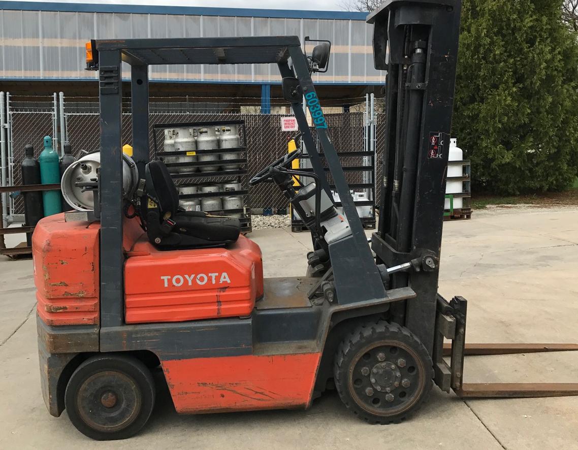 2010 Hyster S155FT, 15500 Lb Capacity, LPG Engine, 87/93 Three Stage Mast